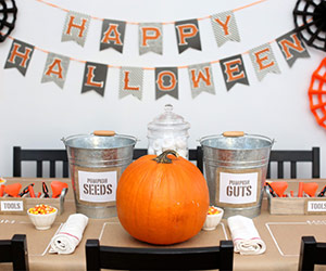 DIY Pumpkin-Carving Table