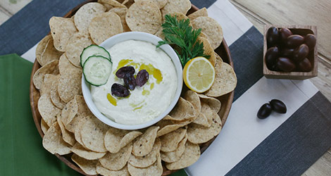 5 Surprising Chips and Dip Pairings